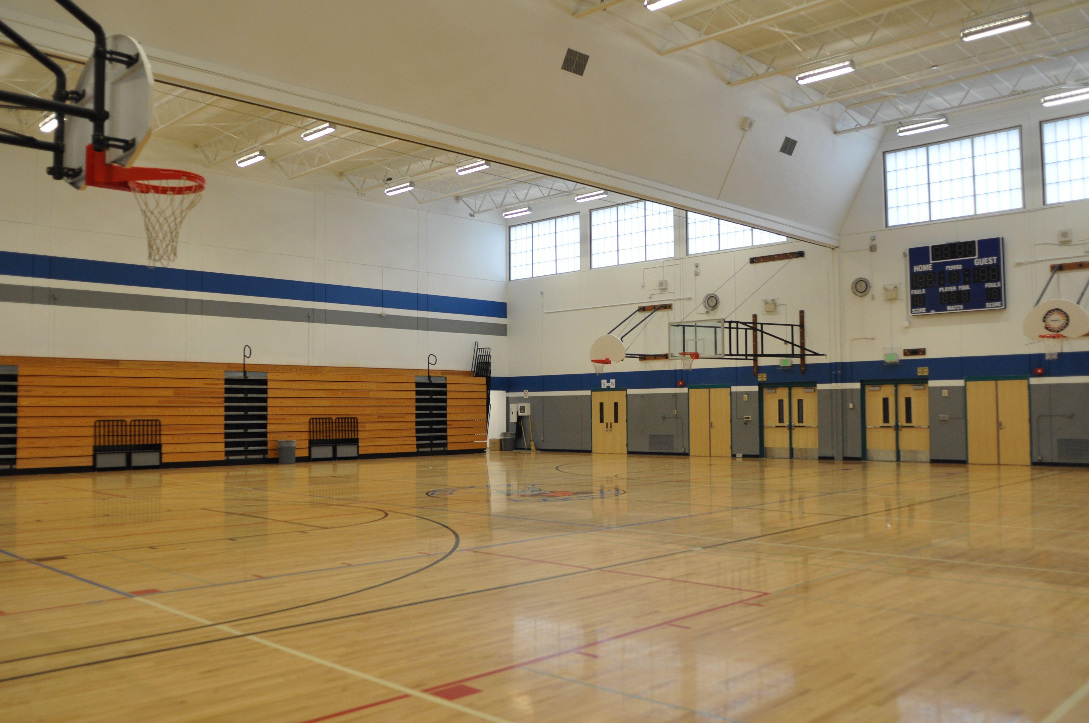 The Gymnasium At Dimmitt Middle School Indoor Gym Indoor School
