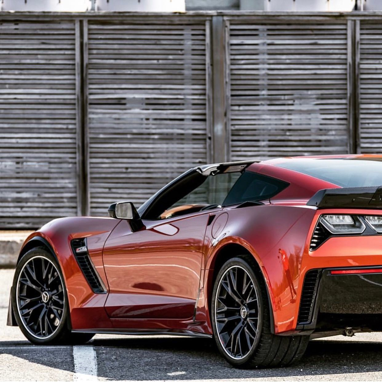 Chevrolet Corvette Z06 Coupe Painted In Daytona Sunrise Orange