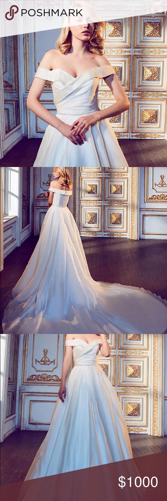 Wedding dress cups  Calla Blanche Sanem Wedding Dress  My Posh Picks  Pinterest