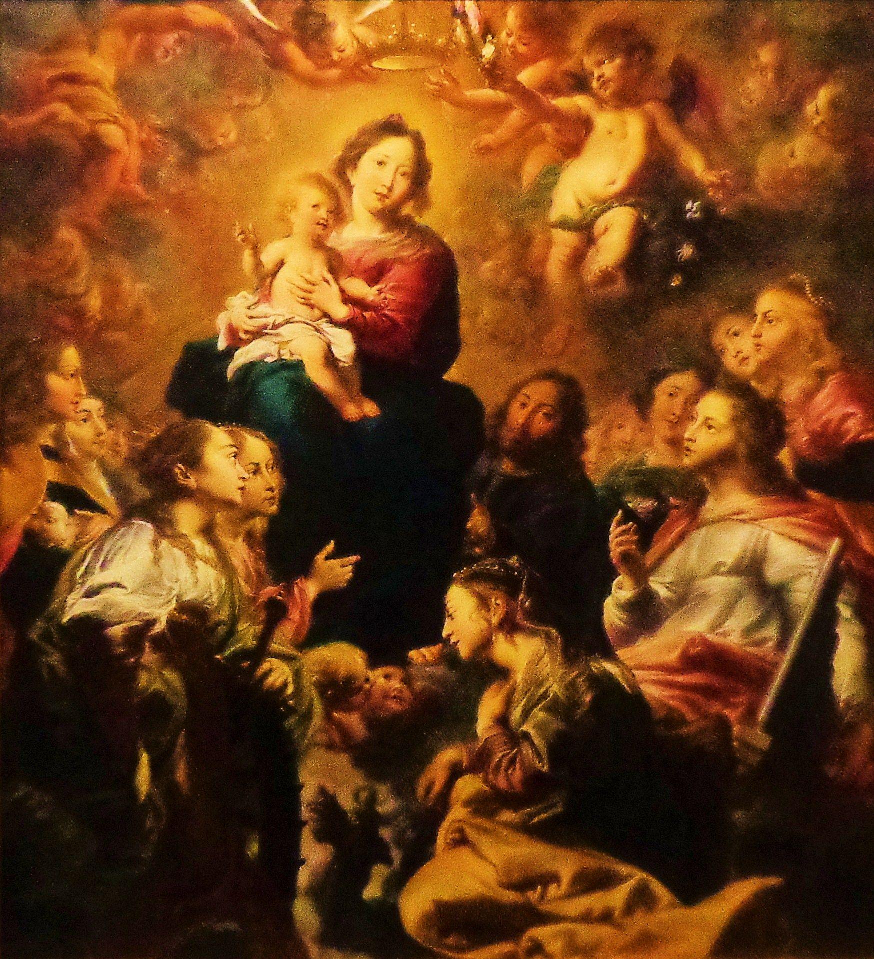 De verheerlijking van de Heilige Familie door vrouwelijke heiligen en engelen door Cornelis Schut uit 1633. Dit altaarstuk is volgens de traditie waarschijnlijk geschilderd voor een jezuïetenstatie die in de 17e eeuw in een illegale huiskapel was ondergebracht. Maria was bijzonder geliefd onder de jezuïeten die haar verheerlijking en aanbidding eeuwenlang hebben gepropageerd. De Antwerpse schilder Cornelis Schut stond in de Republiek in hoog aanzien, zelfs aan het hof van Frederik Hendrik.
