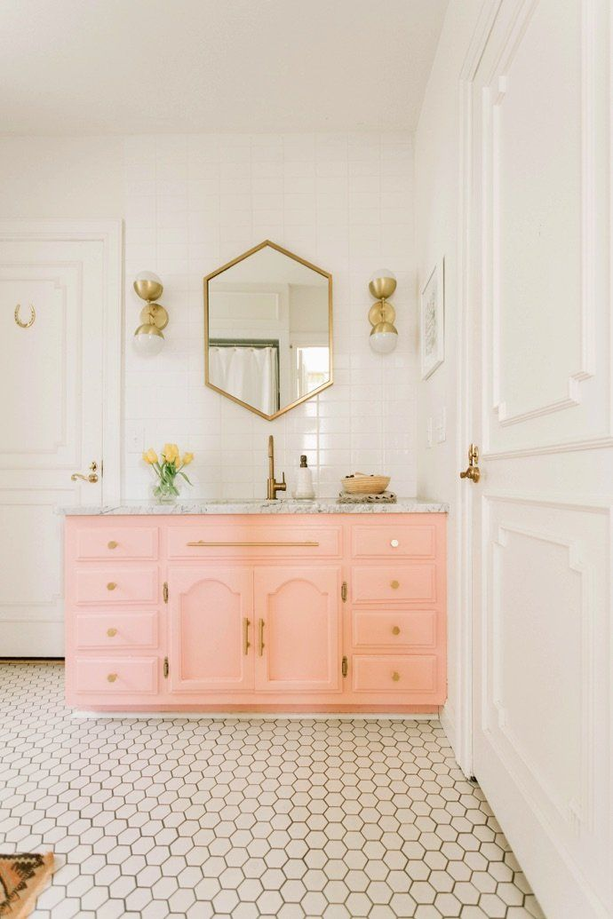 Genial Elsie Larsonu0027s Bold And Colorful Nashville Home | BATHROOM | Pinterest | Bathroom  Vanities, Vanities And Nashville