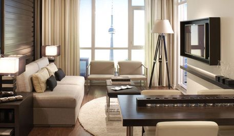 Small Spaces Round rugs, Toronto and Style - charmantes appartement design singapur