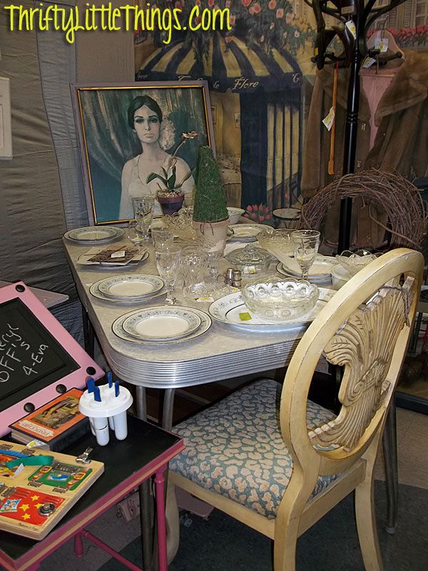 Thrifty Little Things Furniture Makeover Diy Annie Sloan Chalk Paint Projects Diy On A Budget