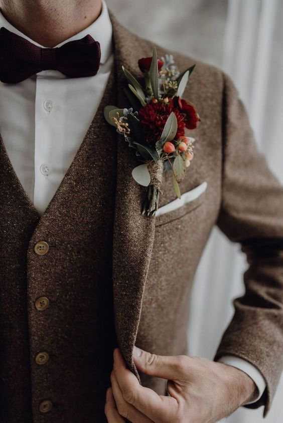 Burgundy Groom Corsage And Brown Groom Suit For Fall Weddings Groom Wedding Weddings Grooms Grooms Vintage Wedding Suits Groom Wedding Attire Groom Outfit