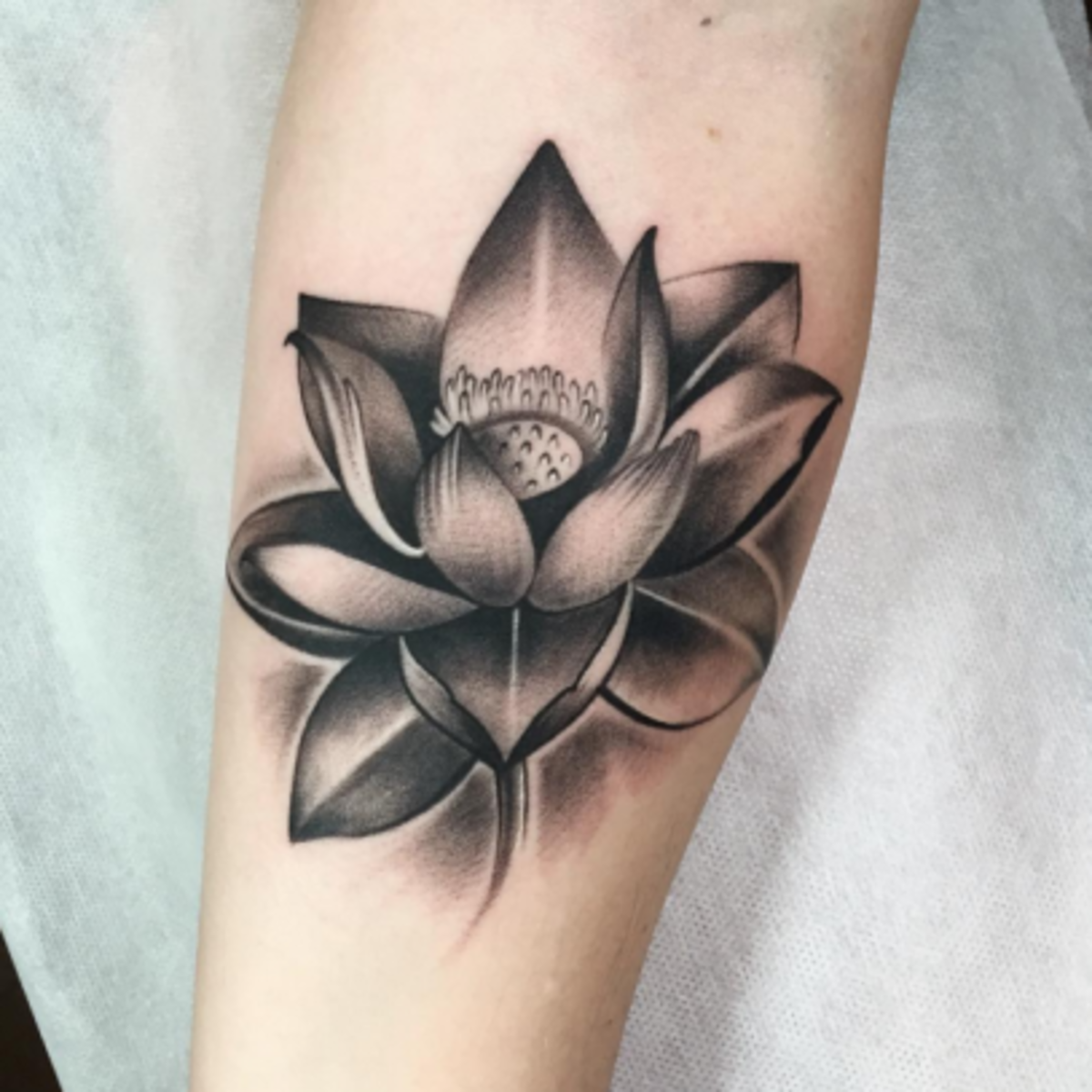 Gifting A Bouquet Of Flowers Is Always A Sweet Gesture But Most Of The Time We Don T K Flower Tattoo Meanings Lotus Flower Tattoo Design Lotus Tattoo Shoulder