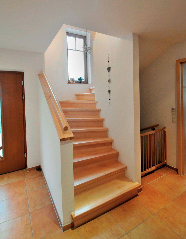Betontreppen mit Holz Treppenbau Becker Betontreppe