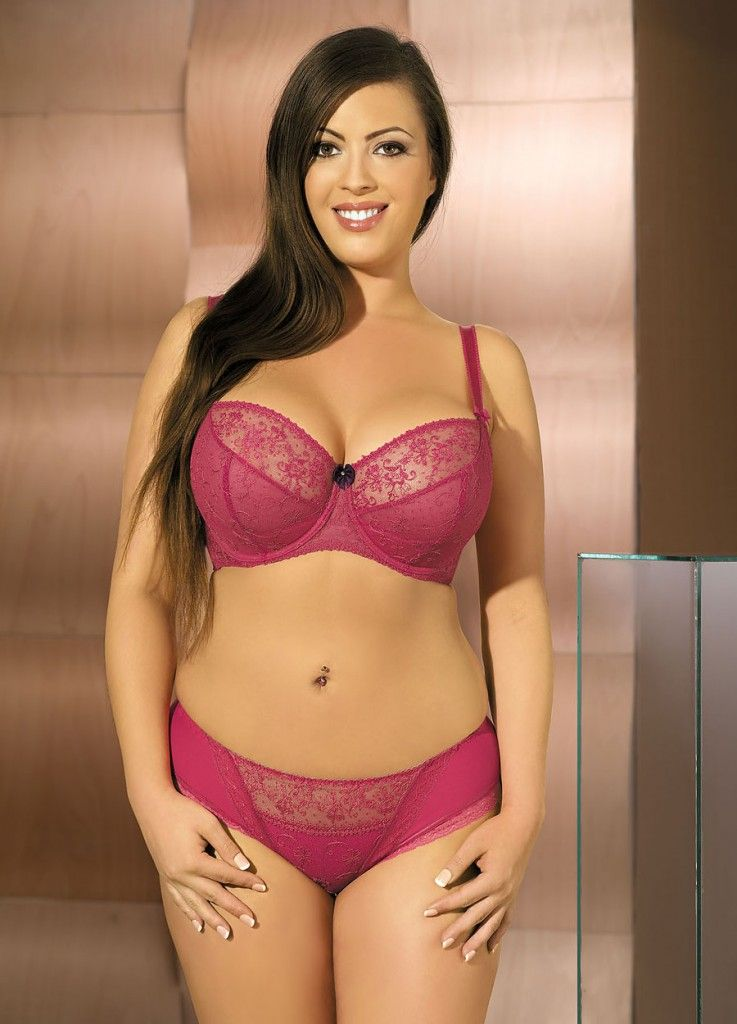bd65ceeae70 Beautiful Plus Size MILF Wearing Lovely Lingerie.