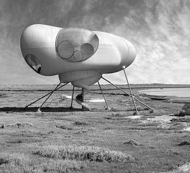 """INTERACCIONES-3 """"Focus sur l'artiste espagnol Dionisio Gonzàlez qui a fait la série « Interacciones » en noir et blanc et dans laquelle il prend en photo des maisons et les retouche pour les transformer en maisons futuristes et très designs."""" Fubiz"""