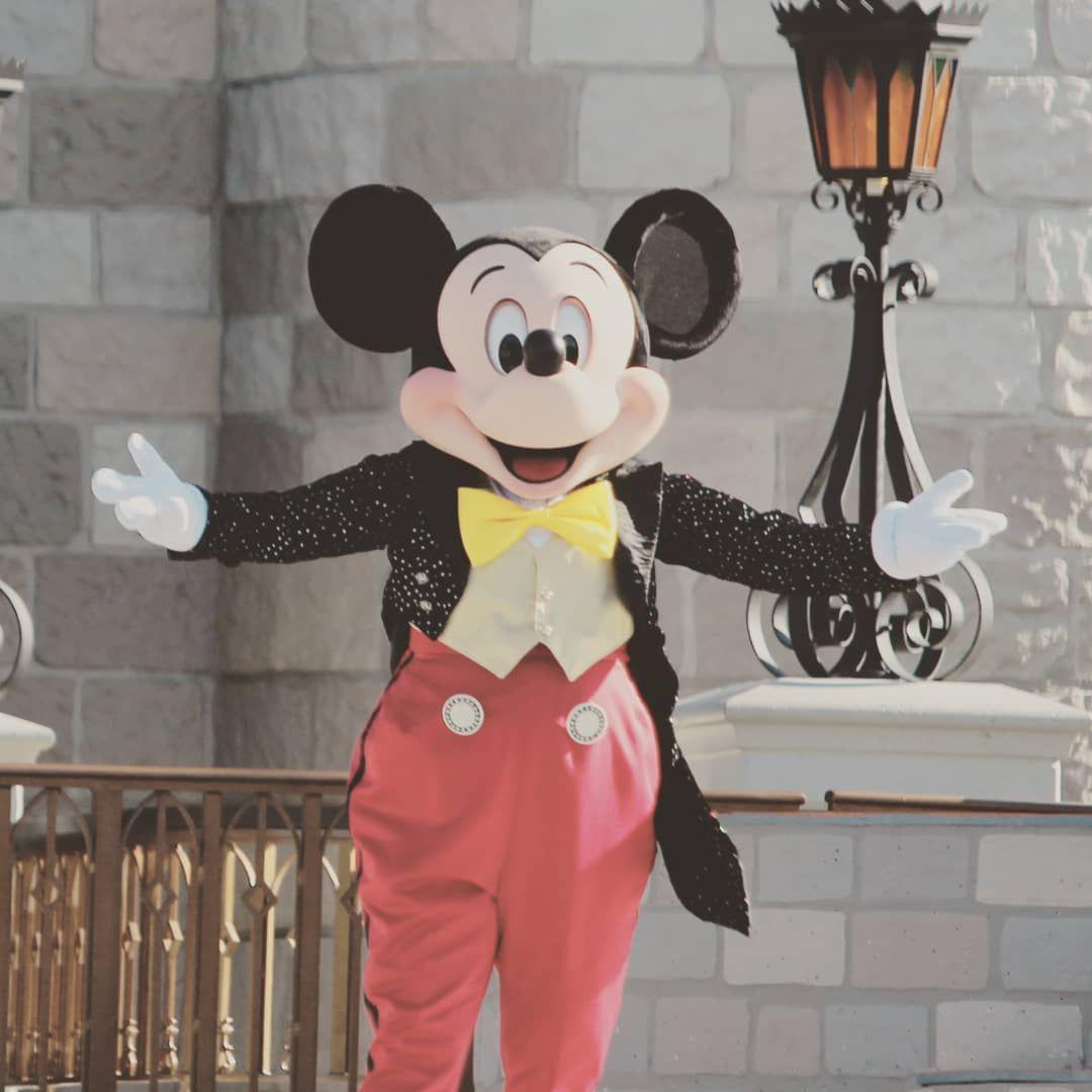 Mickey Mouse!! --> --> --> #disney #disneyland #wdw # ...