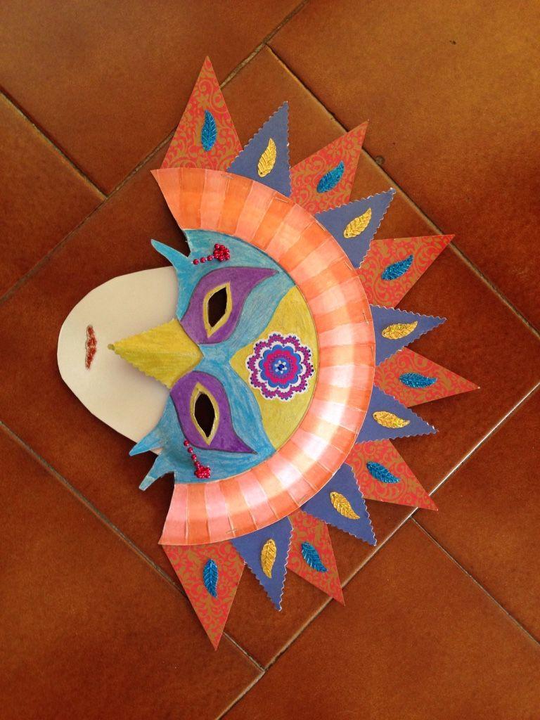 masque de carnaval fait avec des assiettes en carton projets essayer pinterest carnival. Black Bedroom Furniture Sets. Home Design Ideas