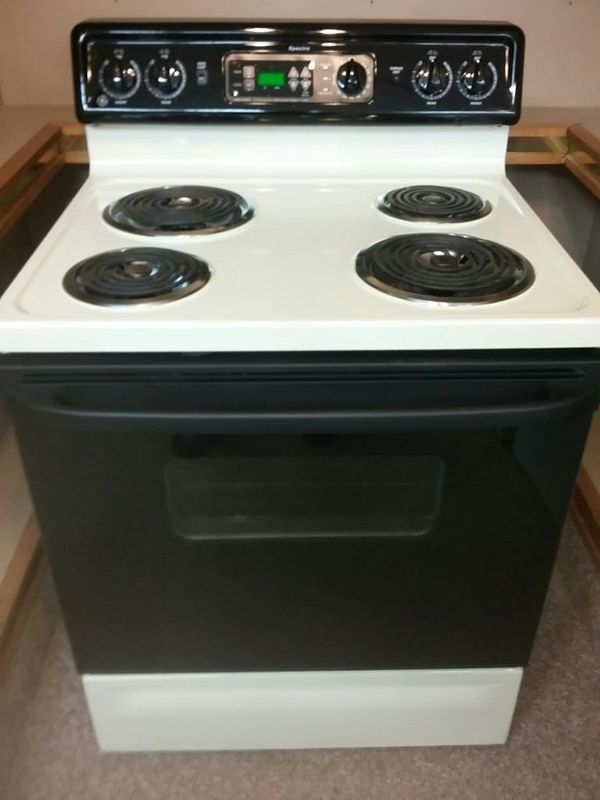 Reconditioned X2f Certified G E Spectra Electric Stove X2f Range 30 Quot Standard Width Bisque Color 169 Tax Oven Cleaning Appliance Sale Stove