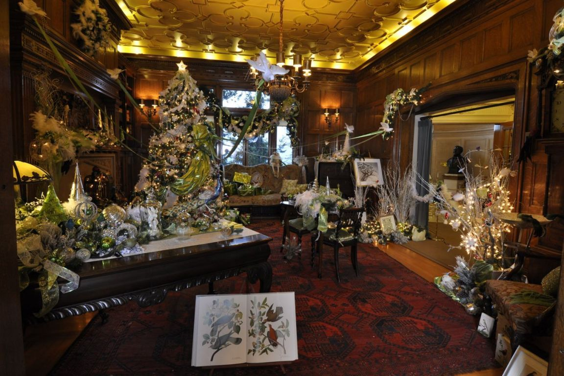Christmas at Pittock Mansion | Pittock Mansion Portland, OR ...