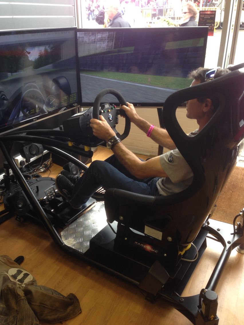 Racehub Sims In Action Bg Simracing In 2019 Sims Pc