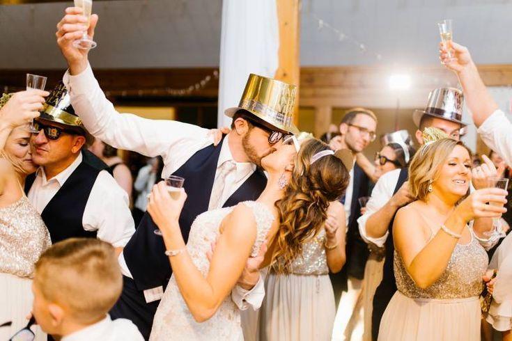 Mariage du Nouvel An à Nashville au Repos des Voyageurs | Nashville | voir plus weddin      #mariage #nashville #nouvel #repos #voyageurs #weddin
