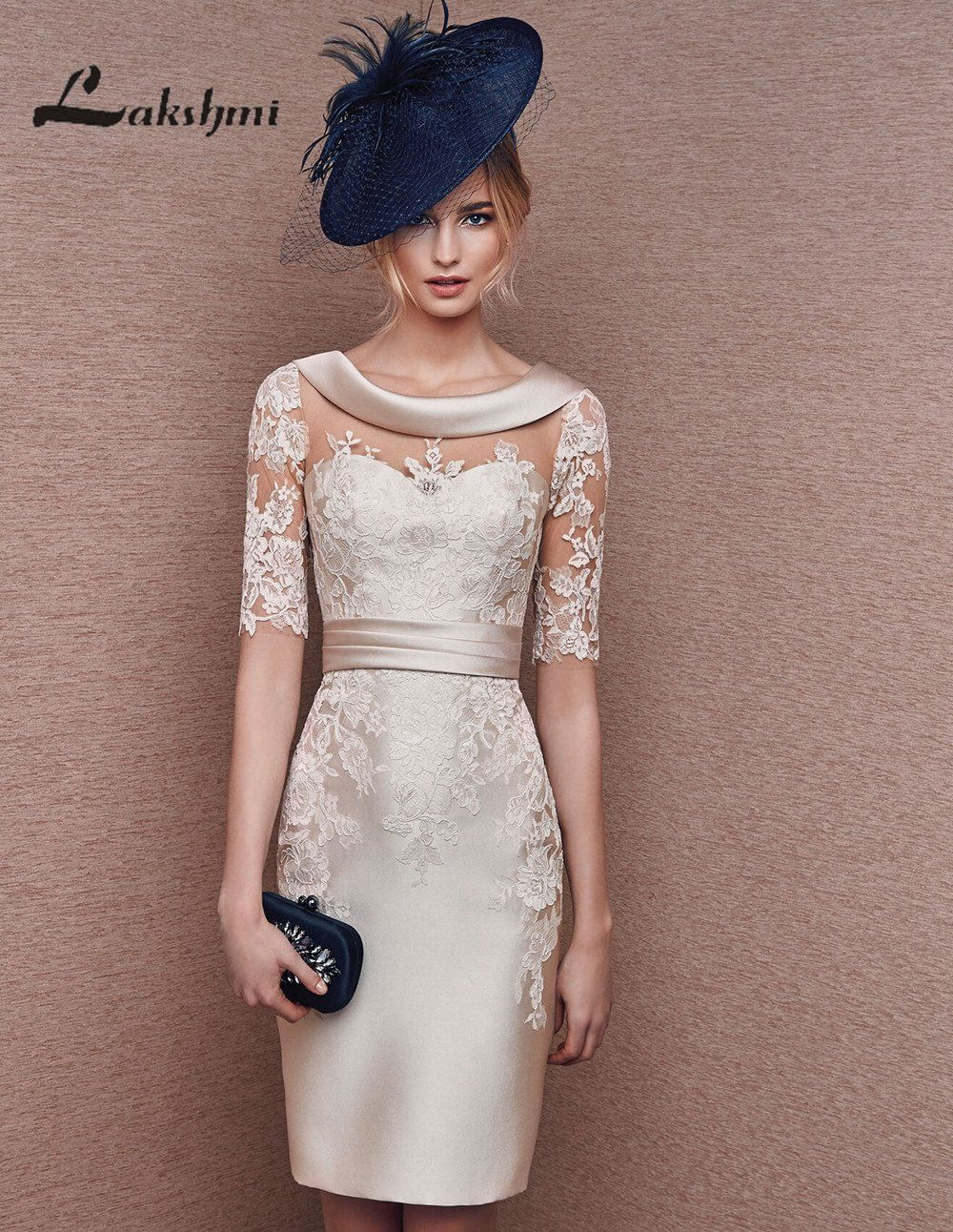 Elegant Scoop Sheath Champagne Mother Of The Bride Lace Dresses Knee Length Bride Clothes Lace Dress Knee Length Lace Dress