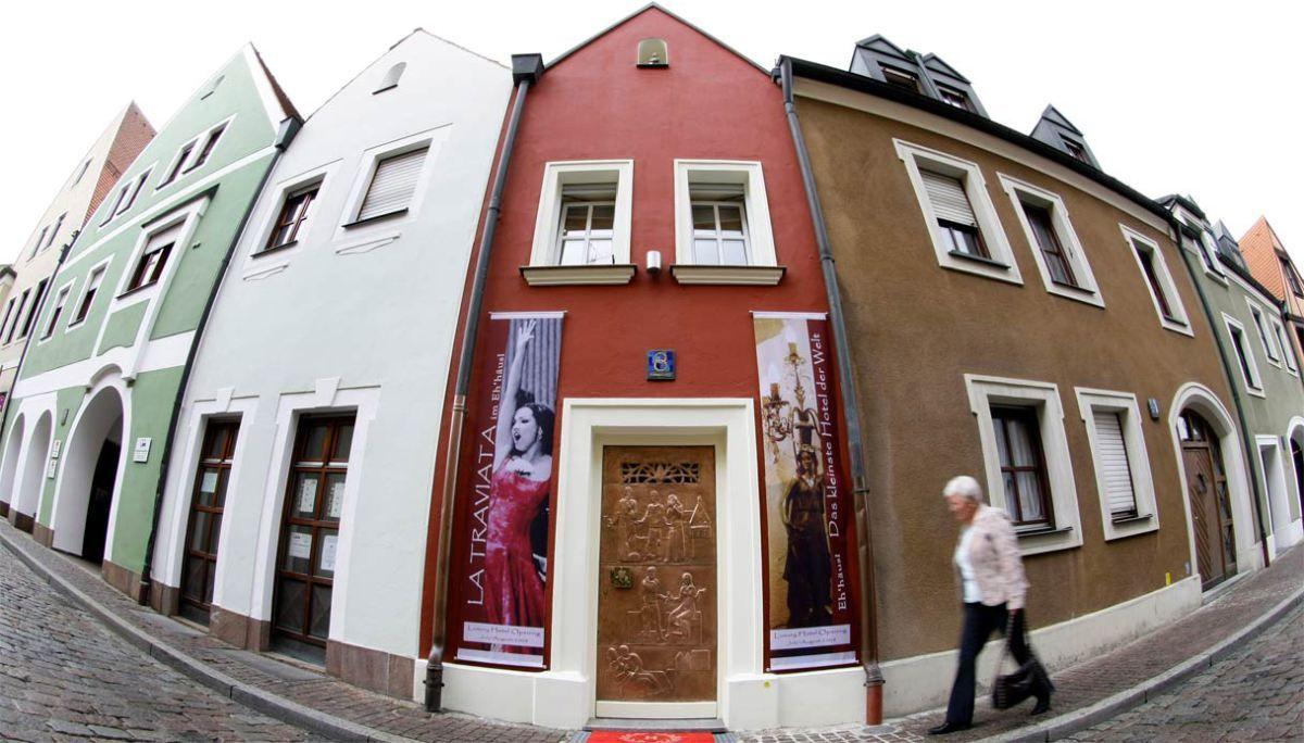 Si trova in Germania ad Amberg, è un hotel di lusso ma si contende il titolo con…