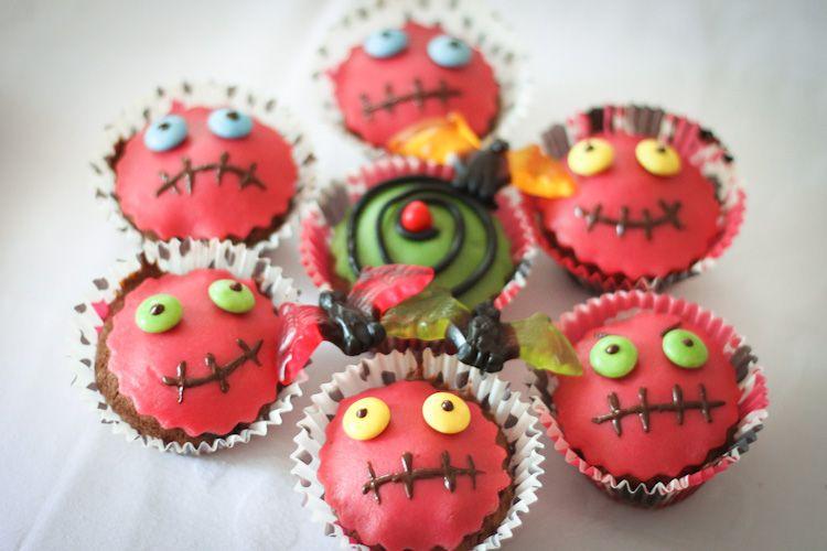 Boo halloween muffins bunt dekorieren muffins - Halloween muffins dekorieren ...