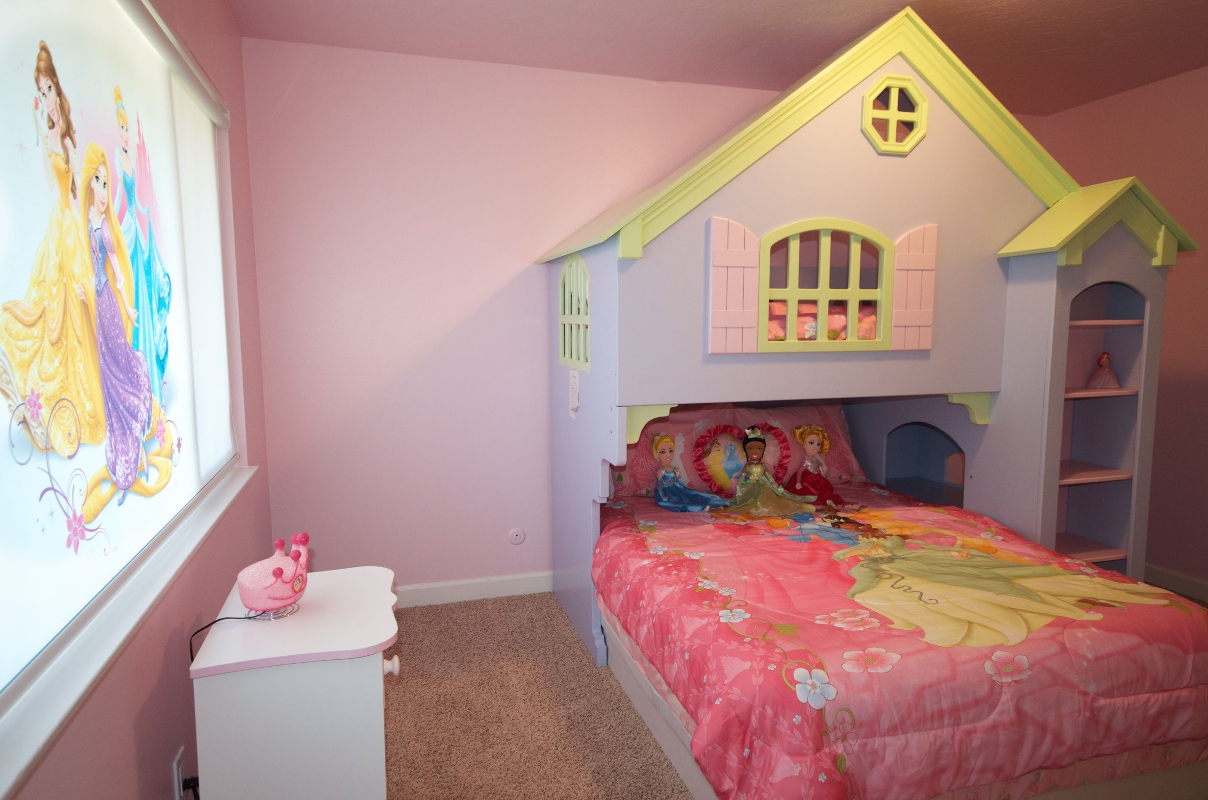 Disney Princess Themed Room For Big And Little Princes And