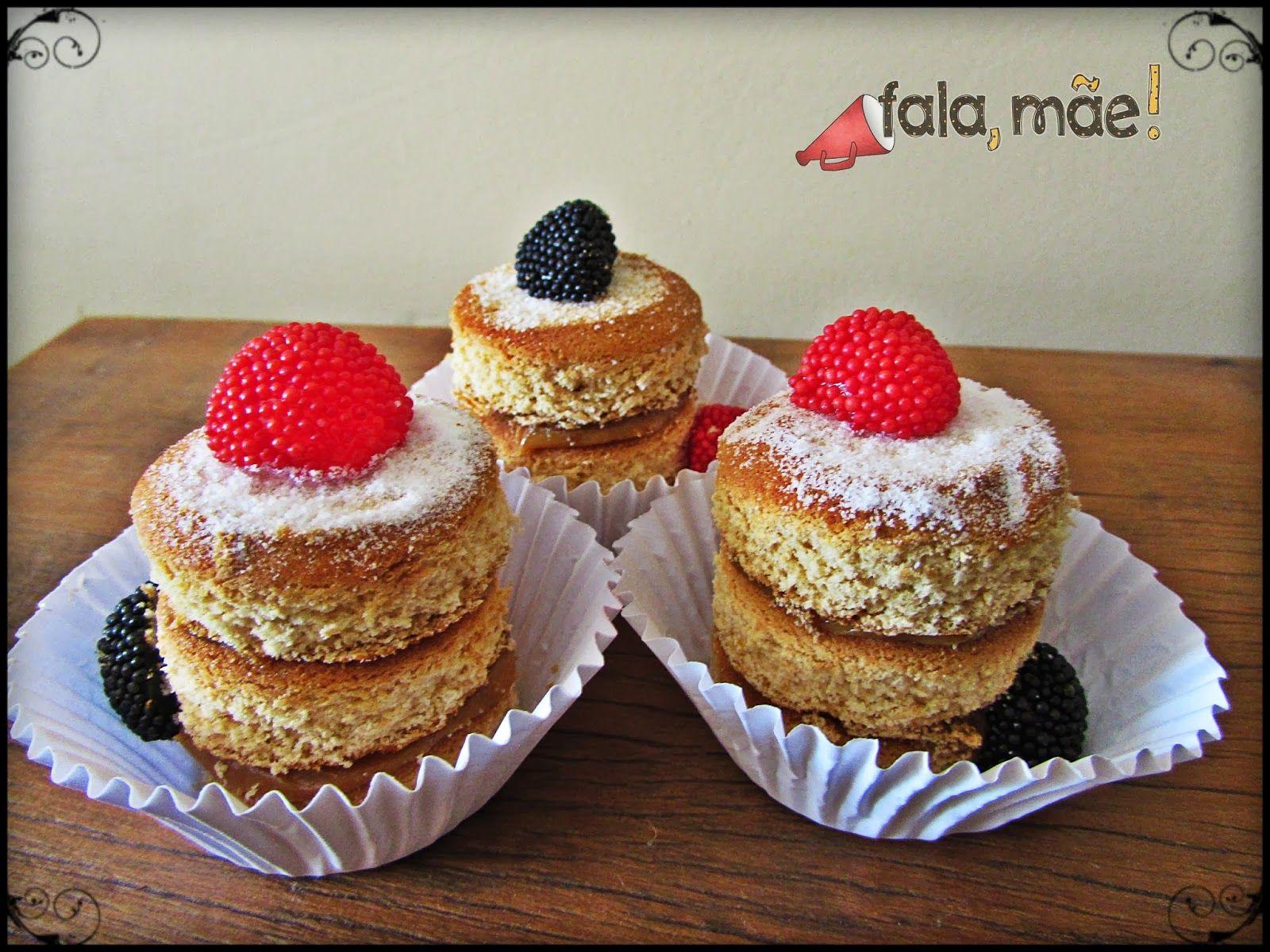 Mini naked cake com bolacha pão de mel