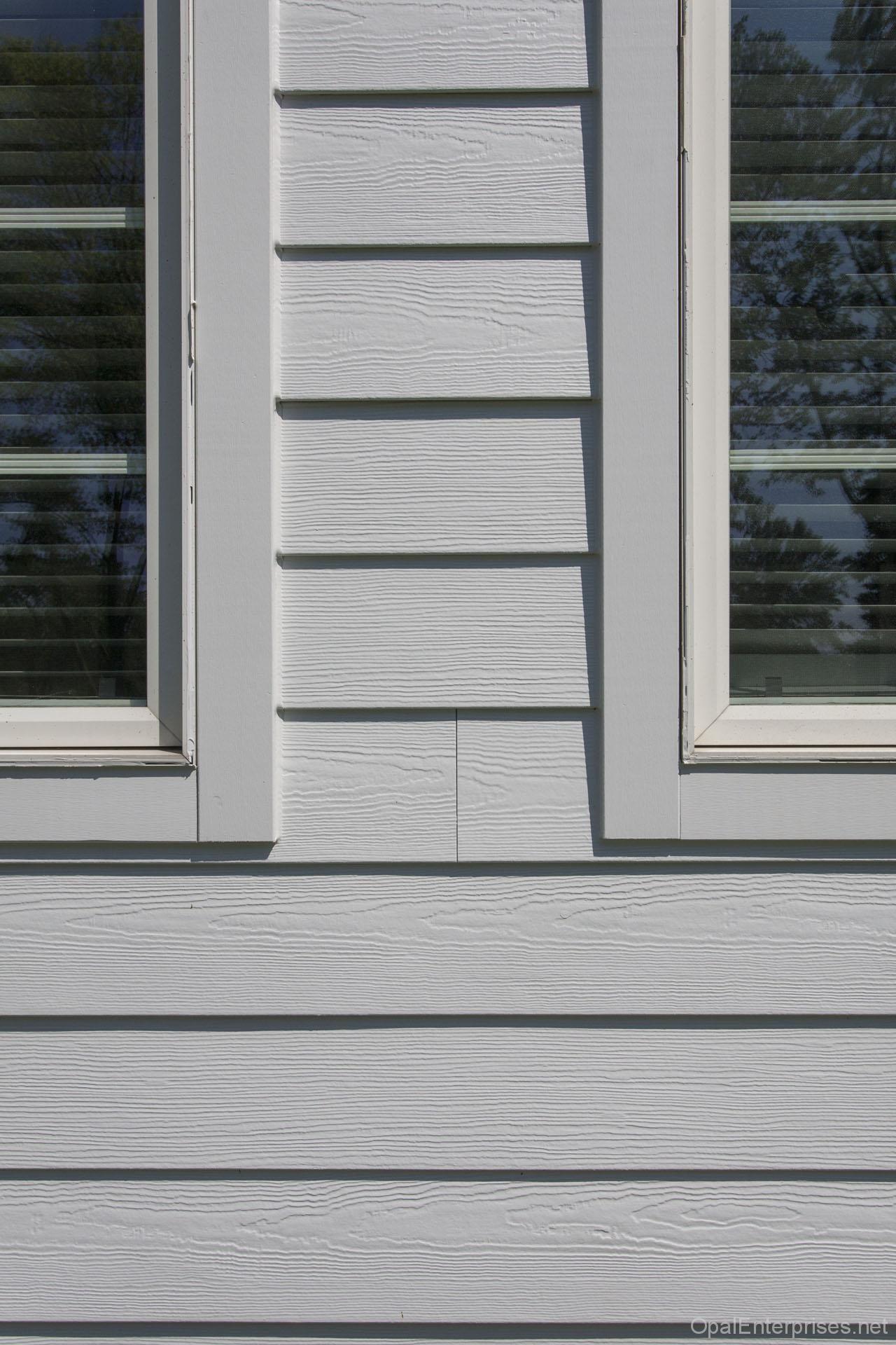 Close Up Of Arctic White James Hardie Fiber Cement Siding And Trim Hardie Siding James Hardie Siding Exterior House Renovation