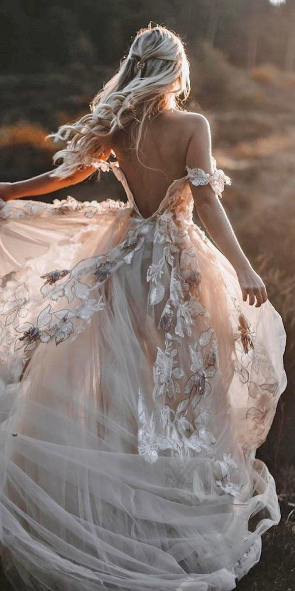 30 Rustic Wedding Dresses For Inspiration | Wedding Forward – Floral & Fashion Design Inspiration