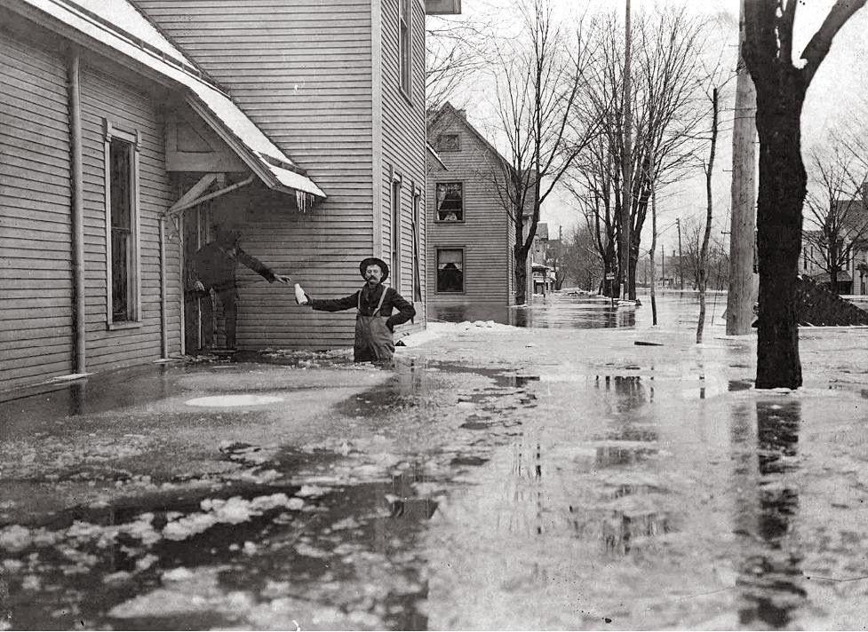 1904 flood grand rapids west side grand rapids grand