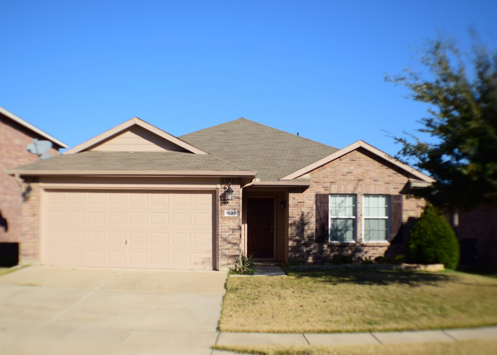 1633 Birds Eye Rd, Fort Worth, TX 76177 | Zillow | Rental ...