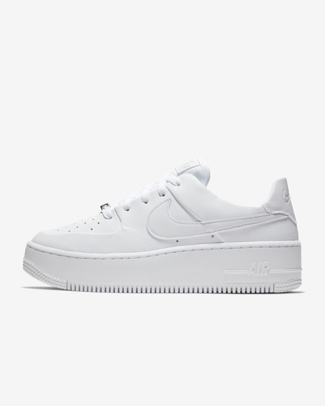 reputable site 0ac44 a6050 Nike Air Force 1 Sage Low Womens Shoe