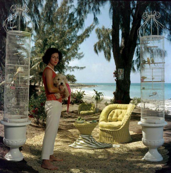 gloria schiff : bahamas, 1963 : slim aarons