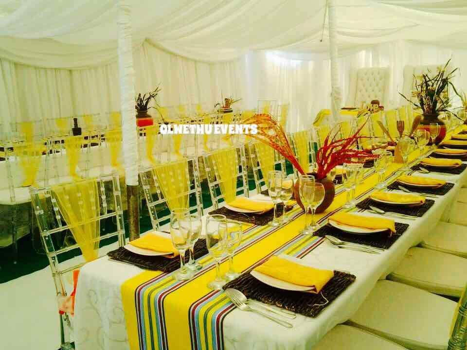 African decor white linen Traditional
