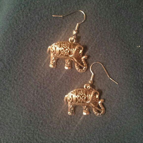 "Silver elephant earrings dangle 1.5"" x 1"" Prettiest elephant earrings I've seen in a long time  ..... silver toned. ... delicate  scroll work. ...new with tag Fashion  Jewelry Earrings"