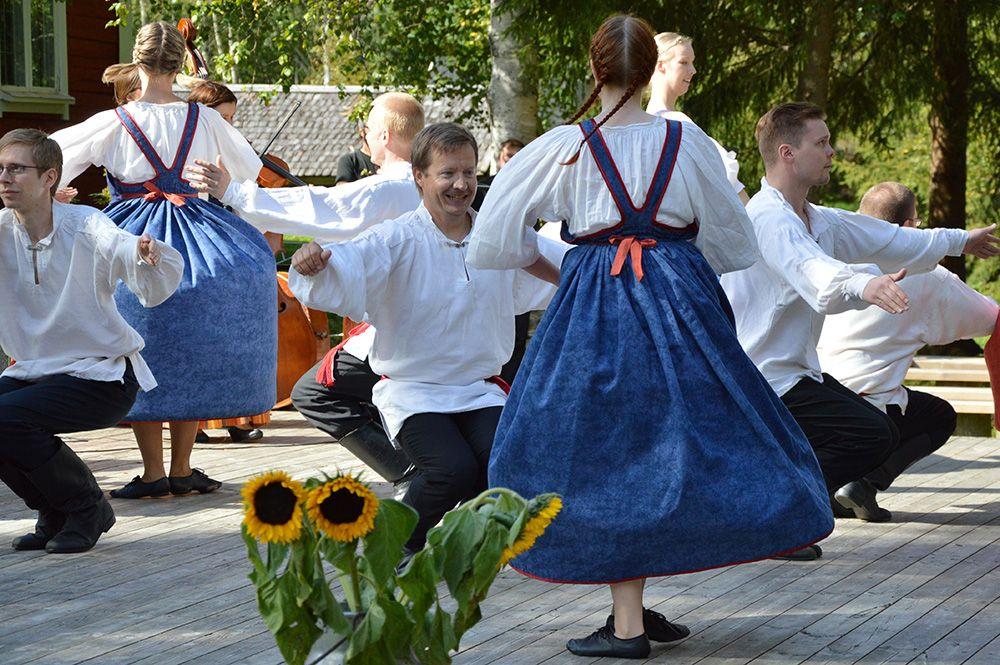 Polokkareista huokuu tekemisen ja liikkumisen ilo. Luuppi, Oulu, (Finland)
