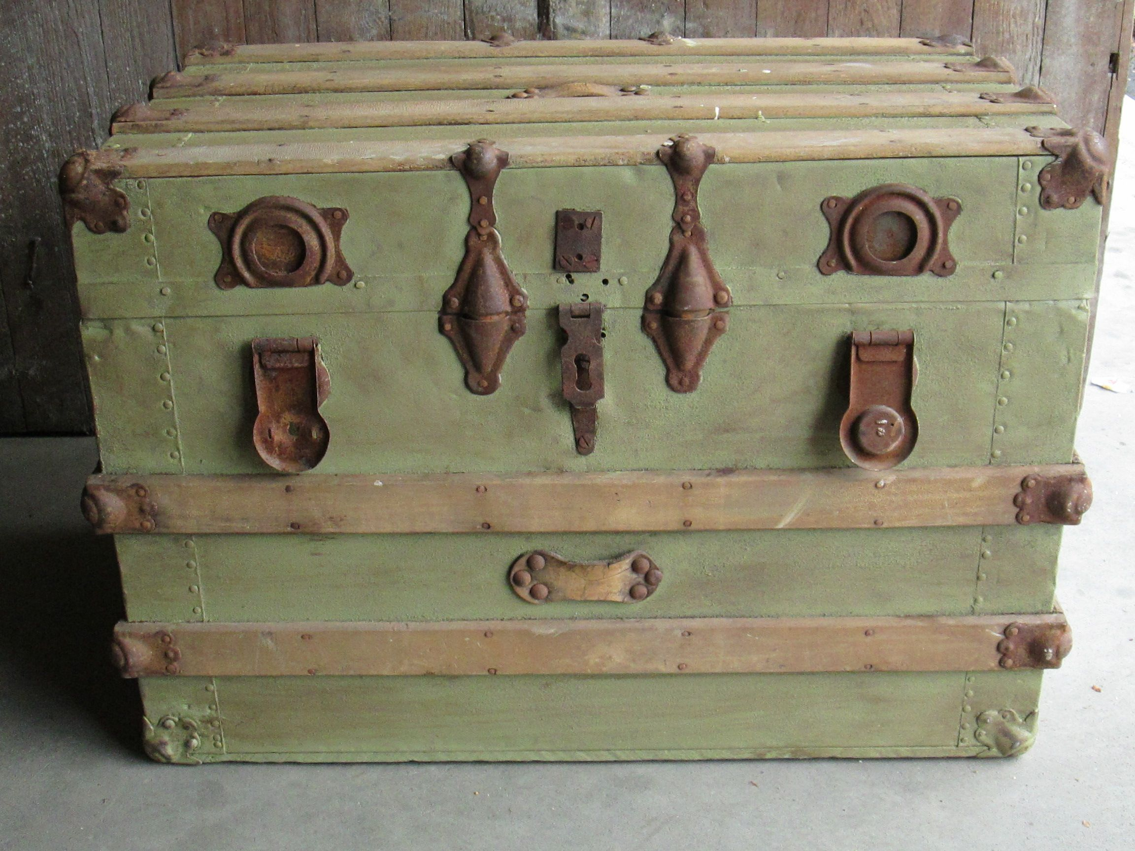 The 25+ best Trunks painted ideas on Pinterest | Old trunk