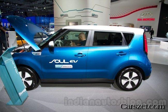 electric 2018 2019 kia soul ev shown in moscow cars 2018 2019