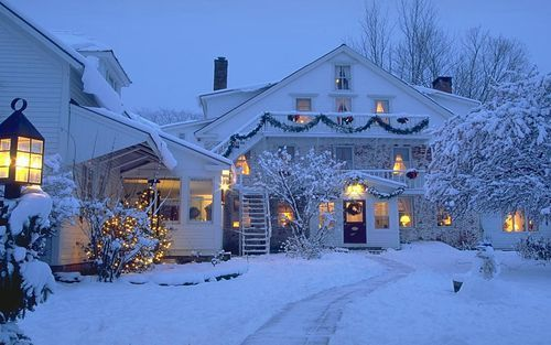 Just beautiful ... home for the holidays.