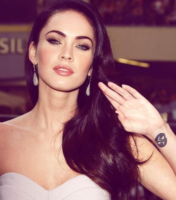 Megan Fox Tattoo On Wrist Megan Fox Tattoo Megan Fox Pictures Megan Fox