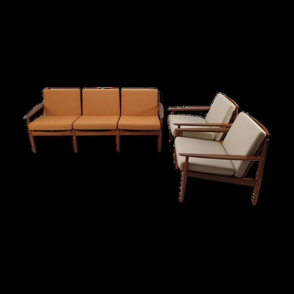 Photo of Salon completes a sign Svend Age Eriksen pour Glostrup furniture factory '60s