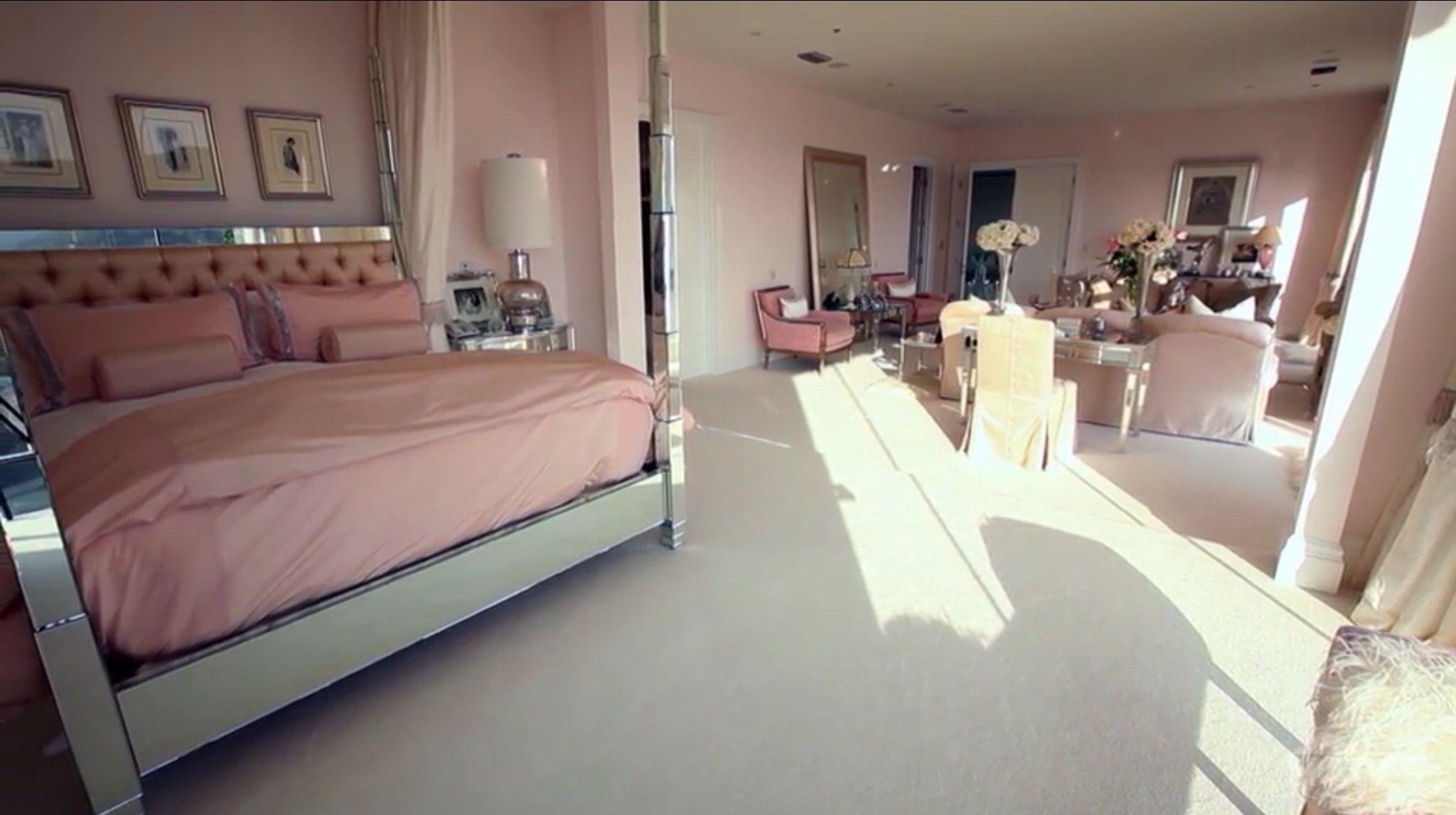 Villa Rosa Master Bedroom Bed Lisa Vanderpump Home
