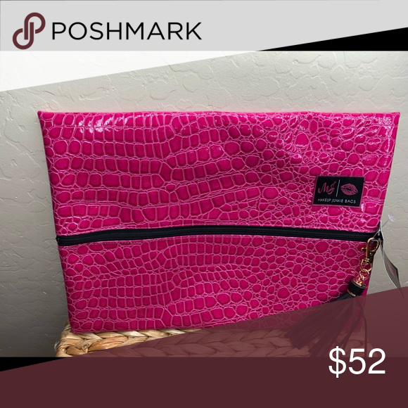 Makeup Junkie Bag Makeup Junkie bag hot pink gator size