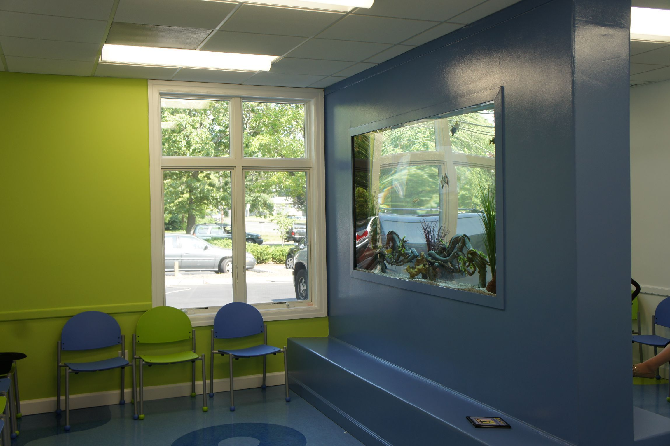 fish tank for office. Aqua Creations Aquarium For A Children Doctors Office The Completely Redefines Feel Of This Fish Tank