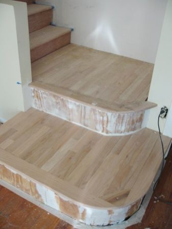 Best Good Way To Add Interest To A Boring Enclosed Staircase 640 x 480