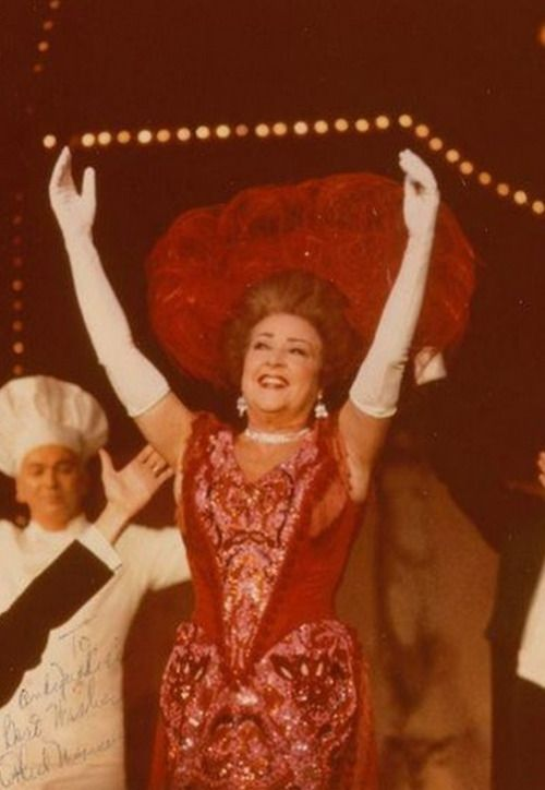 Ethel Merman Hello Dolly Broadway 1970 With Images Merman