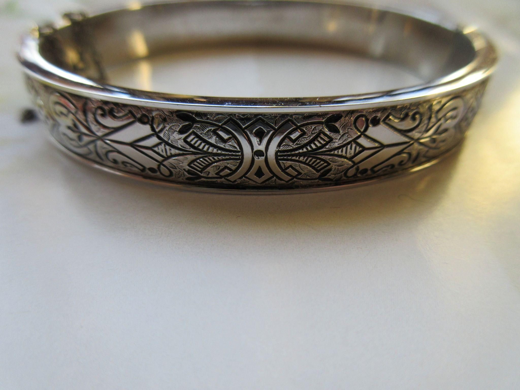 Binder Brothers Sterling Bangle Bracelet