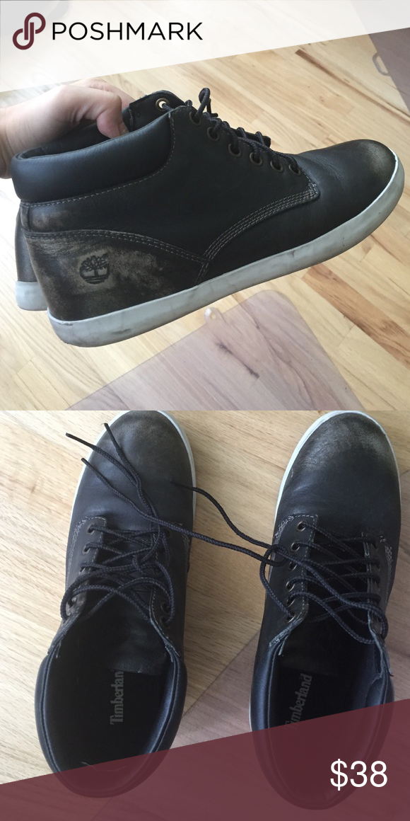 Timberland Chukka Leather Sneaker Boots Leather is made to have a vintage quality, great condition! Timberland Shoes Ankle Boots & Booties