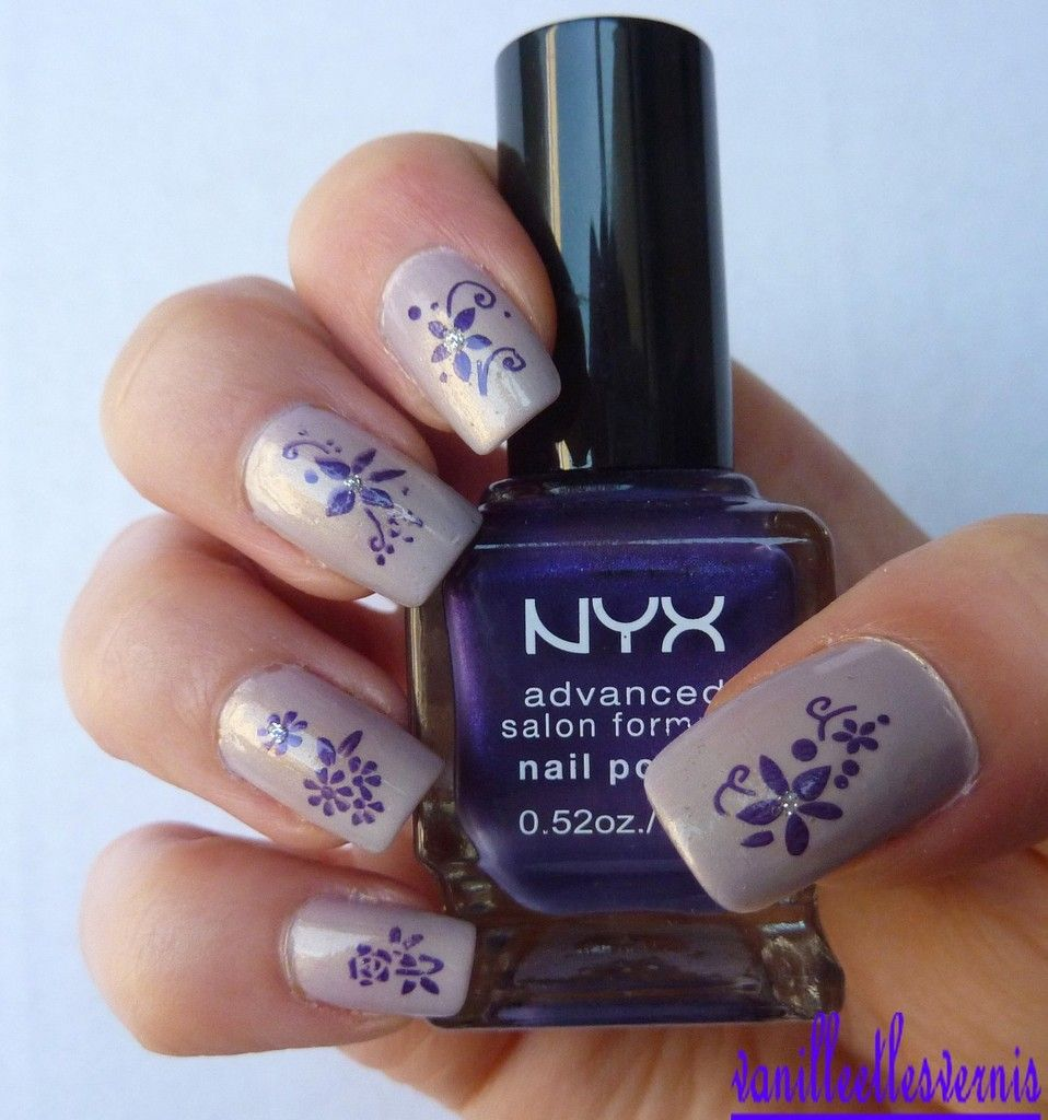 Petites fleurs violettes | Petites fleurs violettes, Fleurs violette et Violet