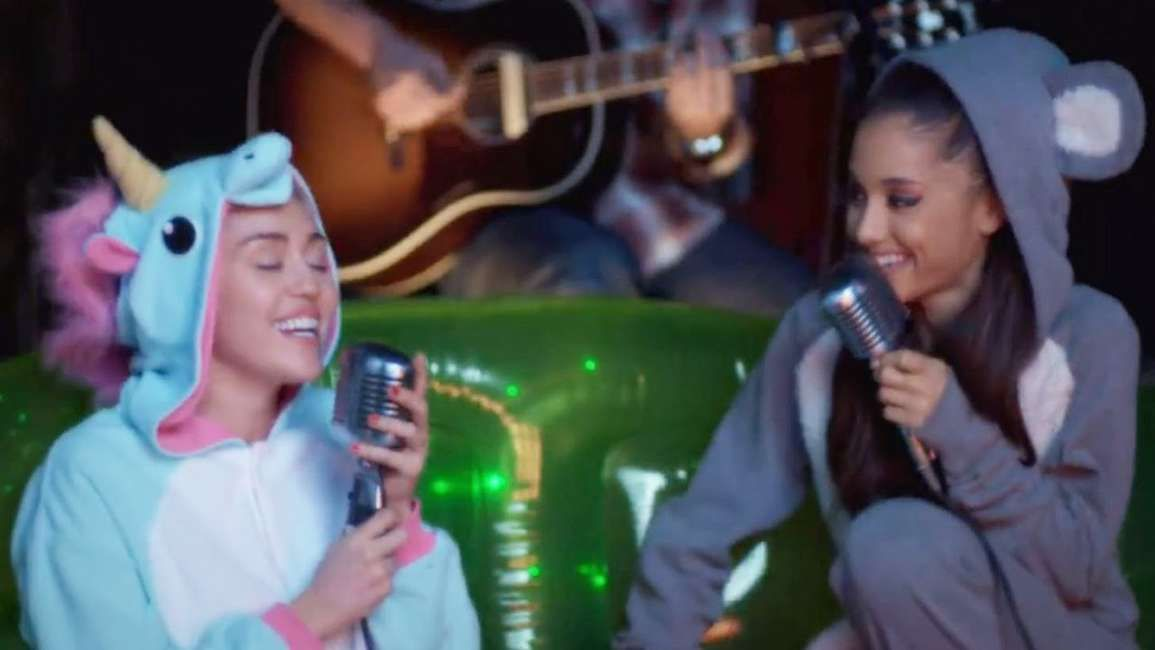 Ariana Grande S Manchester Benefit Concert Will Recruit Miley