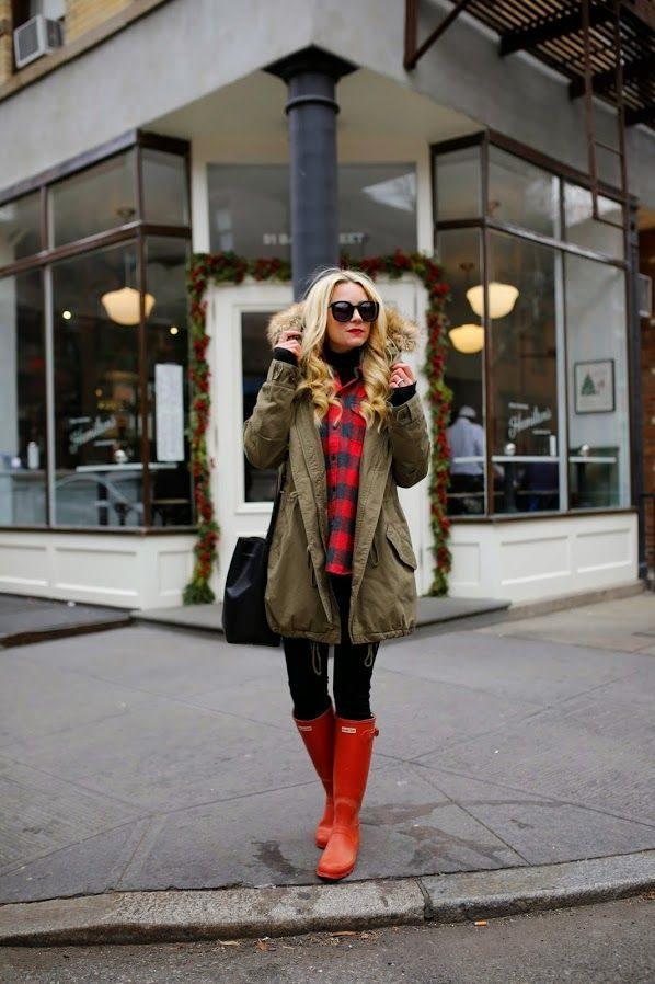 b659ffb1a0f How to Wear Rain Boots Stylishly  Blair Eadie  How to Wear Rain Boots  Stylishly