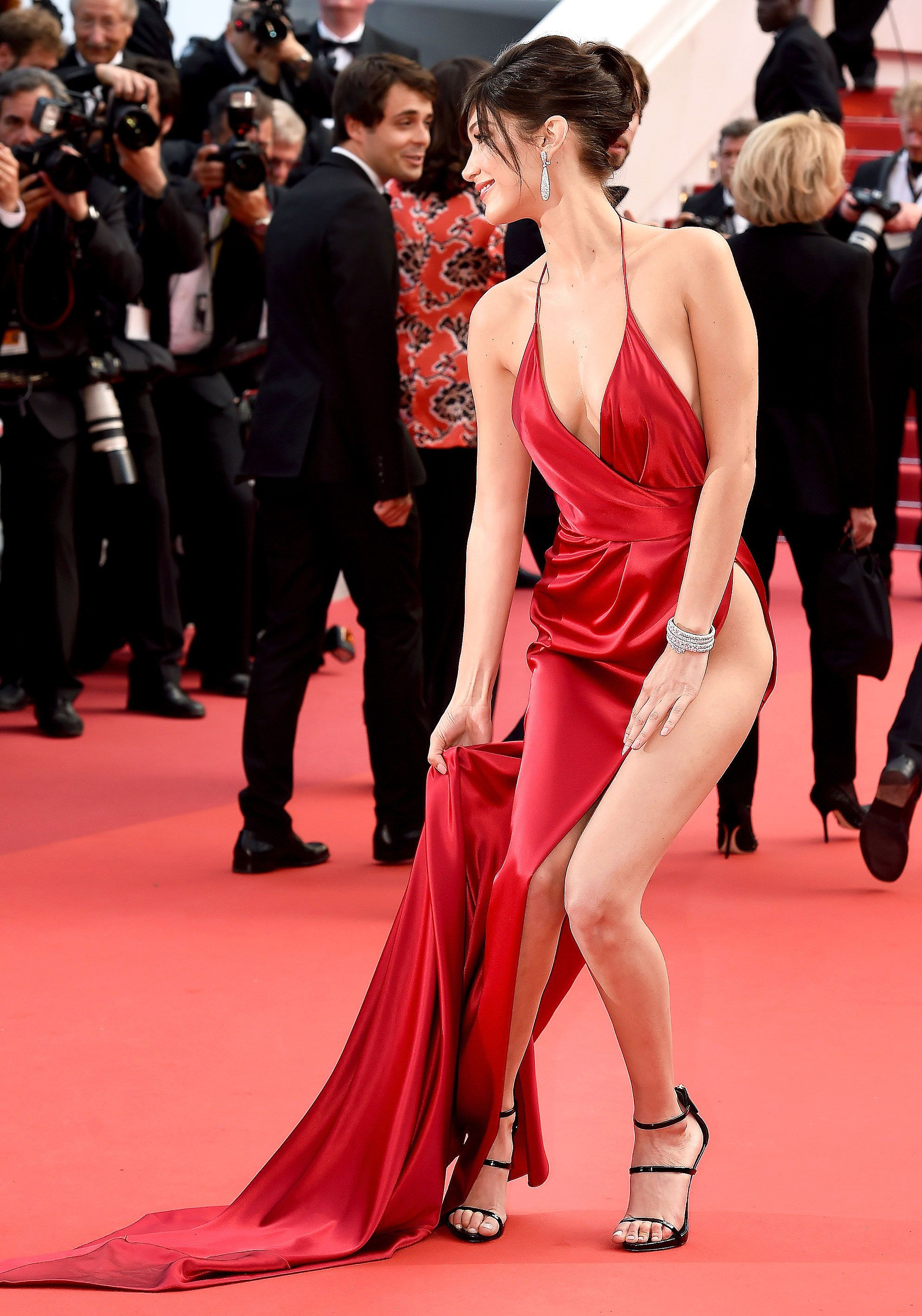 a13ab047b496f Bella Hadid Narrowly Avoids Wardrobe Malfunction: Cannes Red Carpet Photo Bella  Hadid Style, Bella