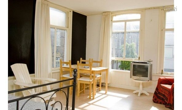 One of our Amsterdam properties, located at Albert Cuyp Market. Book to stay here @ http://www.tripezi.com/property/details/TlRFallXTjE=/entire-home-appartment/lively-bright-studio-albert-cuyp-market