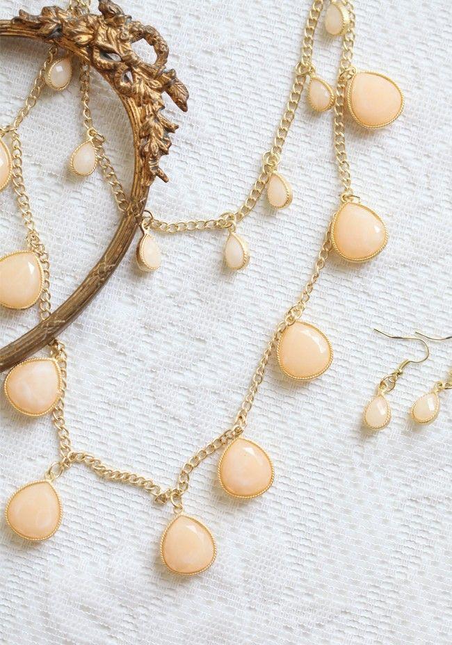 Evening Dewdrops Necklace | Modern Vintage Enchantment 15 | Modern Vintage Shop Lookbooks